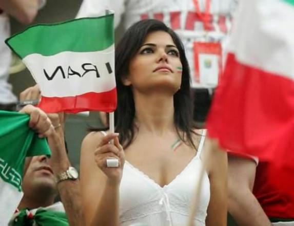 تکذیب خبر موافقت با حضور زنان در ورزشگاههای ایران