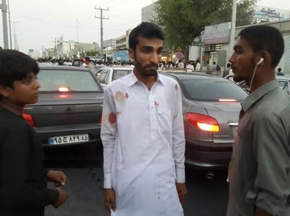 در پی حمله ماموران امنیتی ایران به یک خودرو دو تن از اهل سنت بلوچستان زنده زنده در أتش سوختند