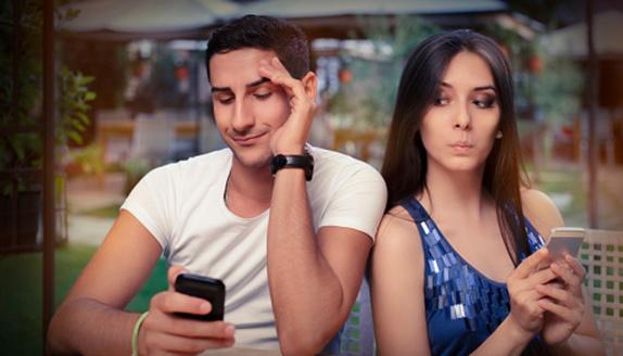 ساعت اپل زنان و مردان را از هم دورتر کرد