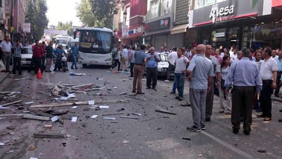 وقوع دو انفجار در دفاتر حزب دموکراتیک کردستان ترکیه