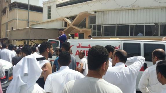 انفجار مرگبار در مسجد امام علی شهر القدیح عربستان سعودی+عکس