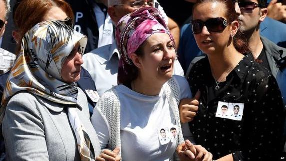 ترکیه برای نخستین بار مواضع داعش را بمباران کرد