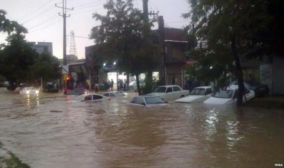 سیل و طوفان شدید در ایران خسارت های سنگین و دهها کشته وزخمی بر جای گذاشت