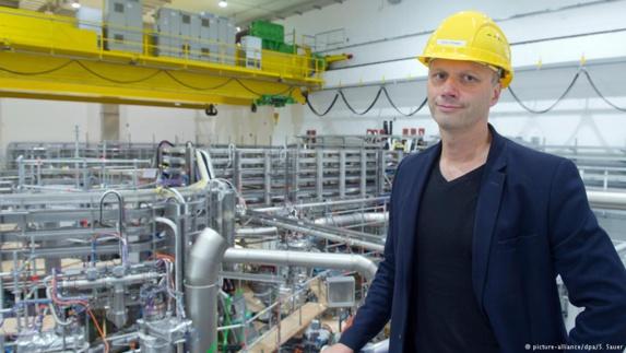توماس کلینگر مدیر علمی راکتور هستهای وندلشتاین هفت ایکس