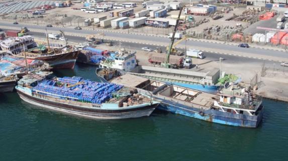 کشتی ایرانی حامل انواع مواد مخدر وقاچاق انسان در ساحل امارات کشف و توقیف شد+ویدئو
