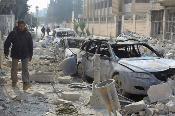 حملات هوایی روسیه به ادلب، 47 کشته و 100 زخمی برجای گذاشت