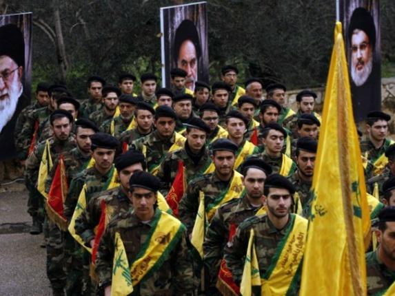 كارشناسان آمريكا: ایران از پول خود براى حمايت از تروریست ها استفاده مي كند