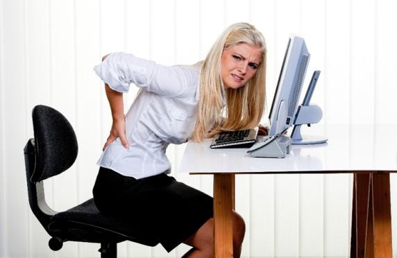 چرا نشستن طولانی سلامتتان را تهدید میکند؟
