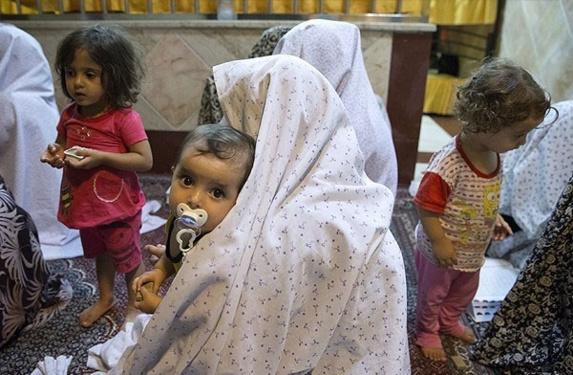 بیش از ۲۵۰ کودک در زندانهای ایران به سر می برند