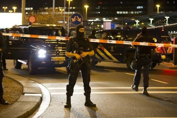 پایان عملیات ضدتروریستی پلیس در فرودگاه آمستردام
