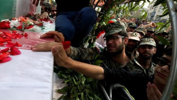 کشته شدن حداقل ۱۷پاسدار و مزدور نیروی تروریستی قدس در سوریه