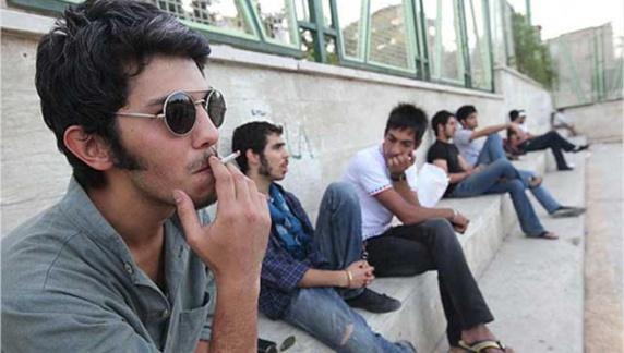 اختلالات روانی در میان ایرانیها و آمار خوشبینانه وزیر بهداشت