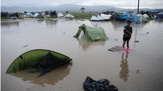 آبگرفتگی در اردوگاه پناهجویان ایدومنی در یونان