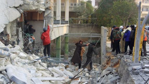 کشته و زخمی شدن 37 غیرنظامی در حملات هوایی روسیه در ادلب سوریه