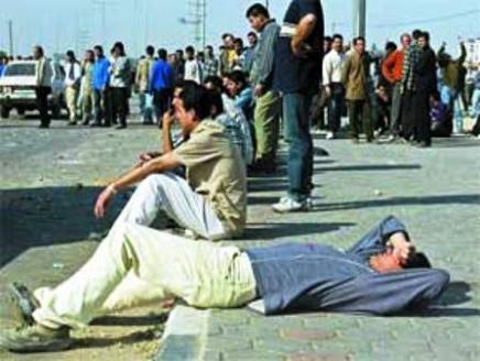 ۹,۷ میلیون کارگر ایرانی زیر خط فقر هستند