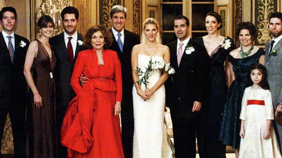 گزارش سایتهای آمریکایی از حضور پسر ظریف در ازدواج دختر کری