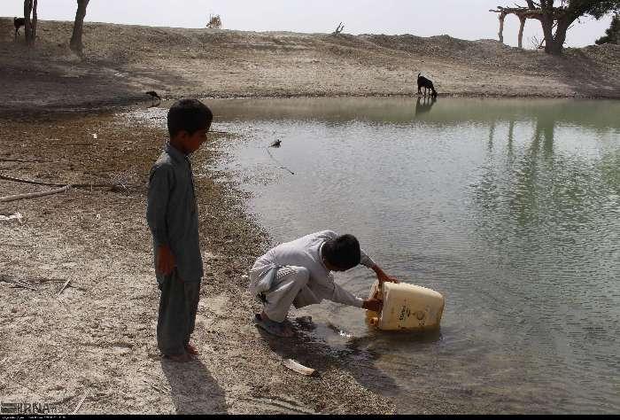 مردان نان آوری که آب آور شدند
