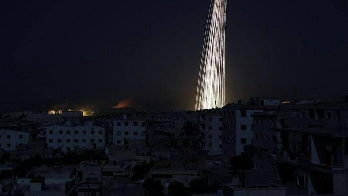 روسیه شهر ادلب سوریه را با بمب فسفری هدف قرار داد