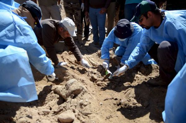 حداقل ۷۲ گور دستهجمعی با بیش از ۱۵هزار جنازه؛ میراث داعش در عراق و سوریه