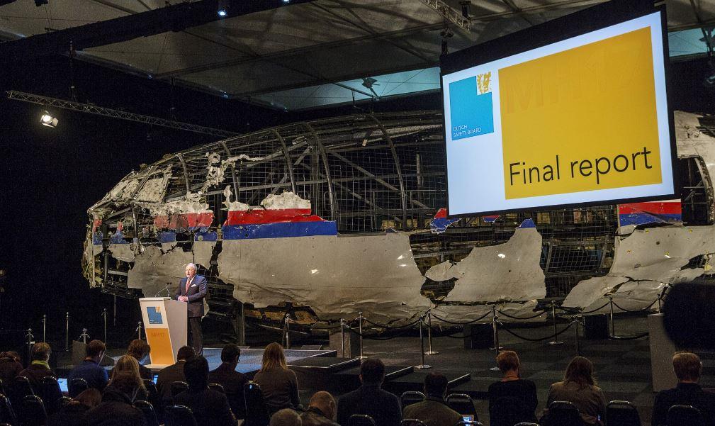 دادستانهای بینالمللی: موشک روسی عامل سقوط هواپیمای مسافربری خطوط مالزی در اوکراین