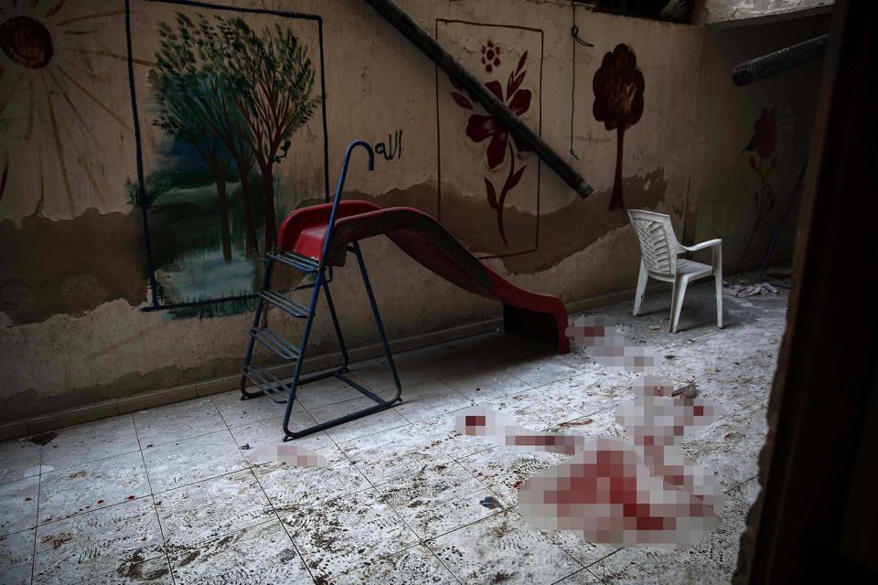 کشته و زخمی شدن ده ها کودک در نتیجه حمله رژیم اسد به یک مهد کودک