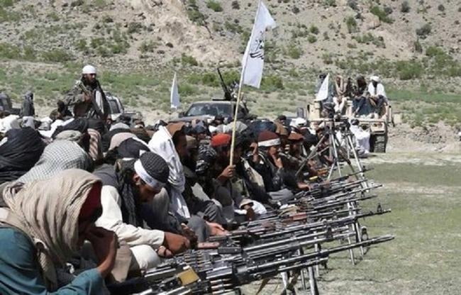 مقامات افغانستان رژیم ایران را به حمایت مالی وتسلیحاتی از گروه طالبان کرد
