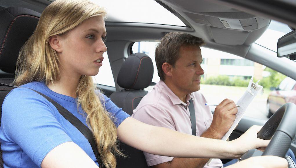 خانمها هنگام رانندگی عصبانیتر از مردان هستند!