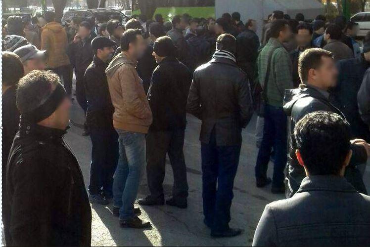 تجمع اعتراضی کارگران کارخانه پلی اکریل اصفهان