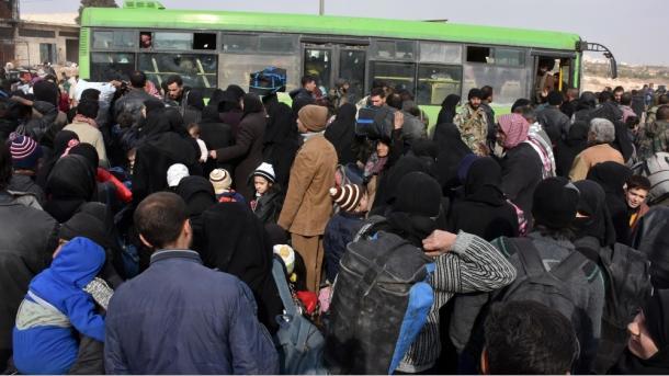 مزدوران شیعه مورد حمایت ایران به سوی غیر نظامیان آتش گشودند
