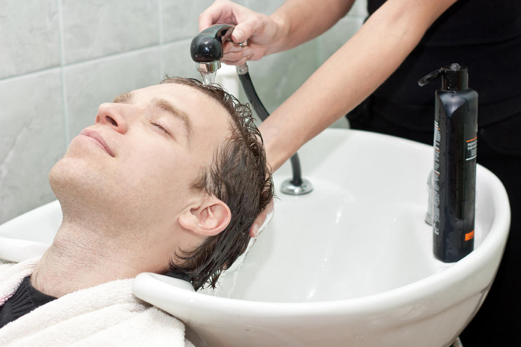 احتمال خطر سکته مغزی بعد از اصلاح سر در آرایشگاه!