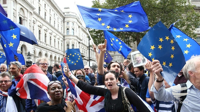 صورت حساب سنگین در انتظار انگلیس وهشدار تونی بلر از خروج