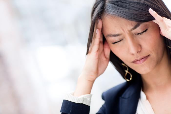 عوارض منفی خوابیدن با موهای خیس