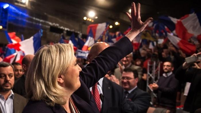 برنده شدن امانوئل مکرون و مارین لوپن برای دور اول انتخابات در فرانسه