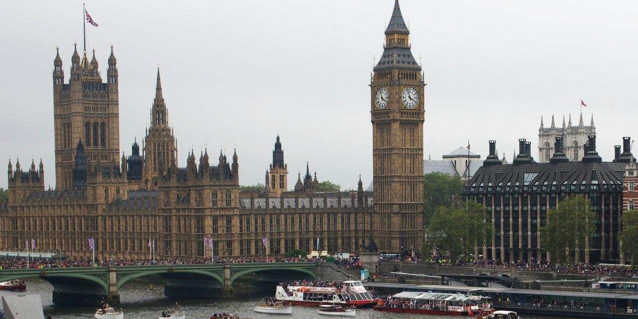 بیانیه کمیته پارلمانی بریتانیا برای آزادی ایران پیرامون نمایش انتخابات رژیم آخوندها