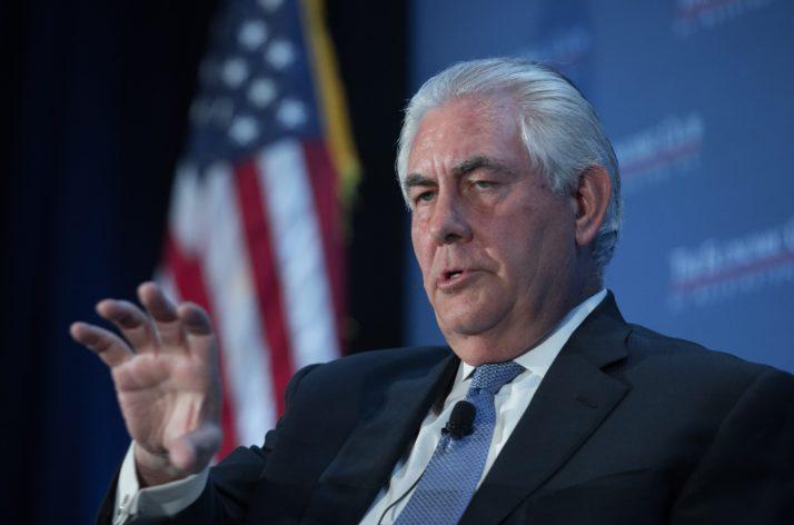 تیلرسون: آمریکا در حال بررسی نام گذاری کلیت سپاه پاسداران ایران در فهرست گروههای تروریستی است.