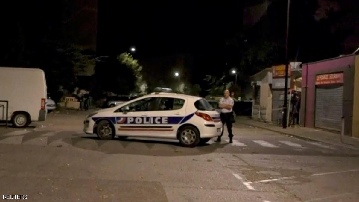 تیراندازی در مقابل مسجدی در فرانسه هشت زخمی برجای گذاشت