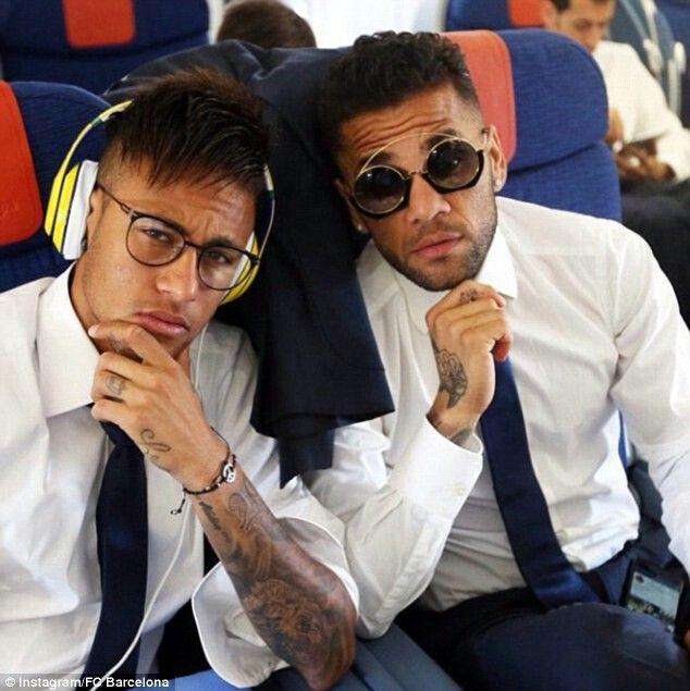در هواپیمای ایرباس چه بر  نیمار و رئیس بارسلونا گذشت