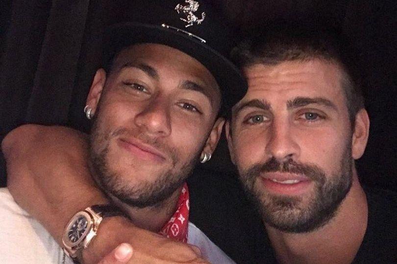 ماندن نیمار در باشگاه بارسلونا+عکس