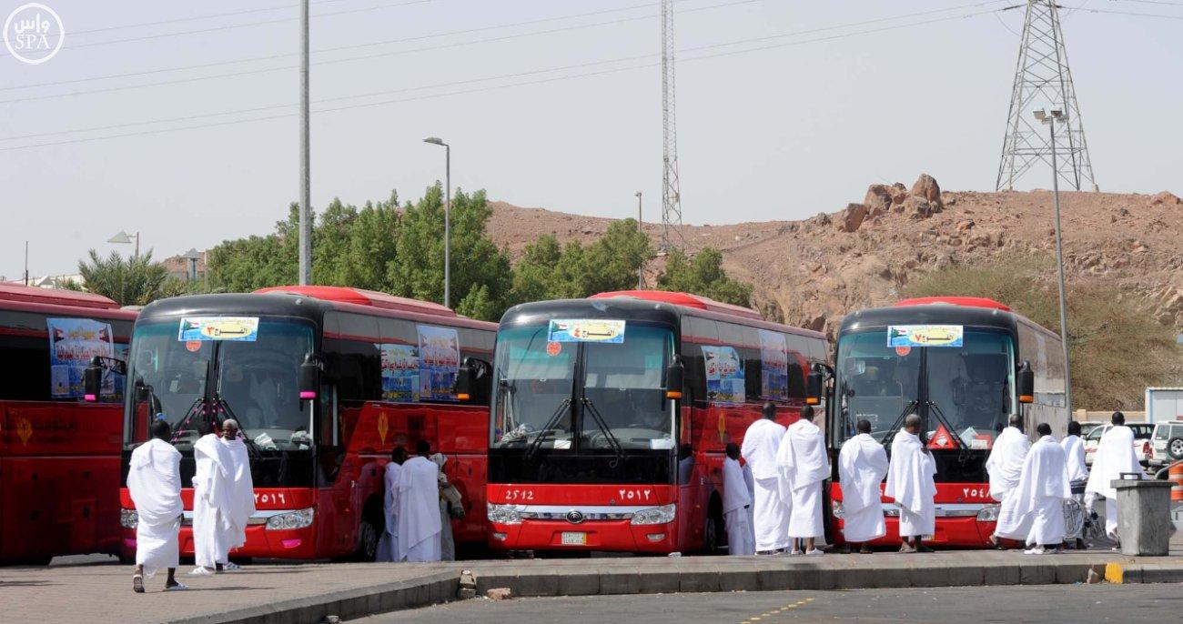 توجیه و راهنمایی  700 هزار حاج و اتوبوس با 20% افزایش نسبت به سال گذشته