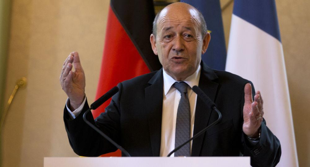 فرانسه خواستار انتقال سیاسی قدرت بدون بشار اسد شد