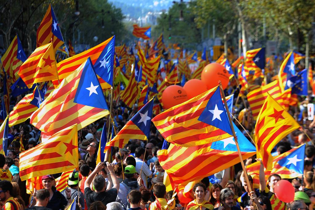 حمایت شهرداران کاتالونیا از برگزاری همه پرسی استقلال