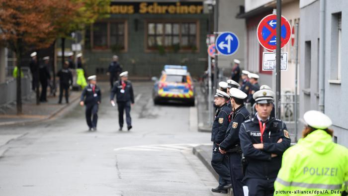 وحدت دو آلمان آز آغاز تا کنون به روایت تصویر