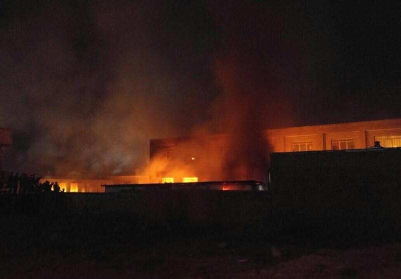 مدرسه ای در ارومیه به نشانه نارضایتی به تجاوز به دختر دانش آموز ۱۲ ساله به آتش کشیده شد