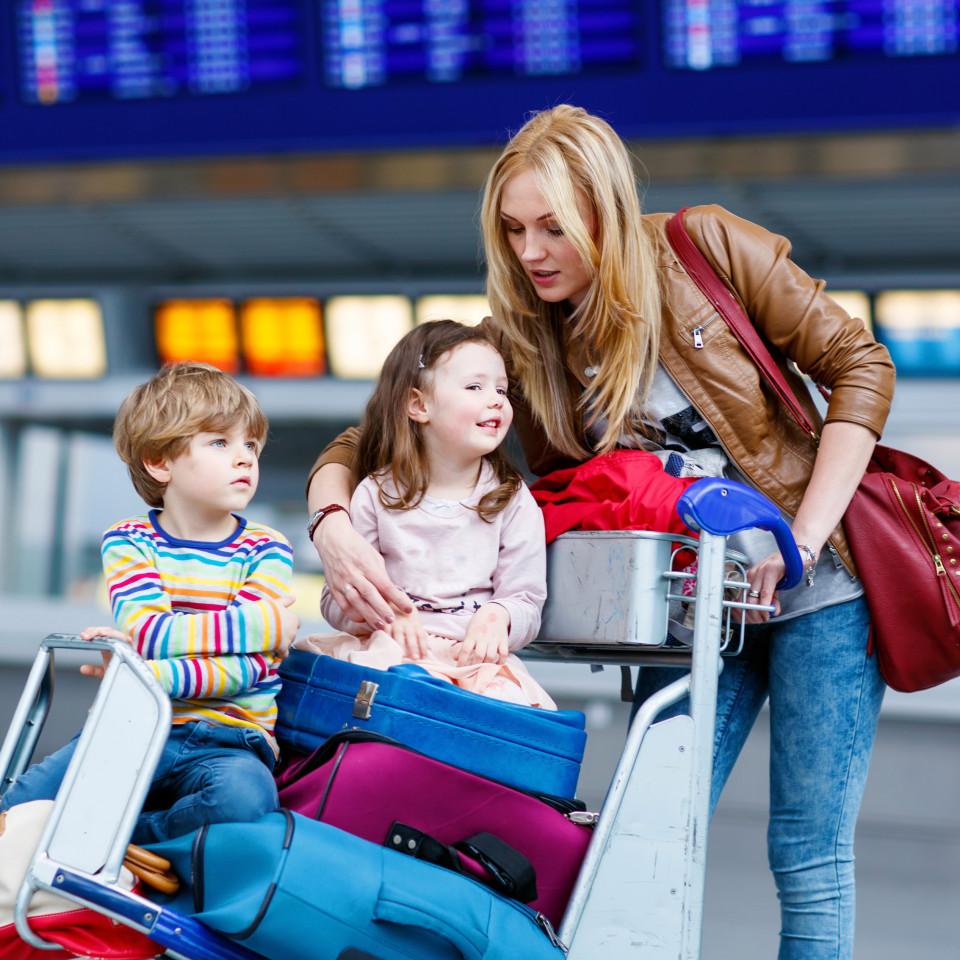 بیست توصیه طبی برای مسافرت کردن با کودکان