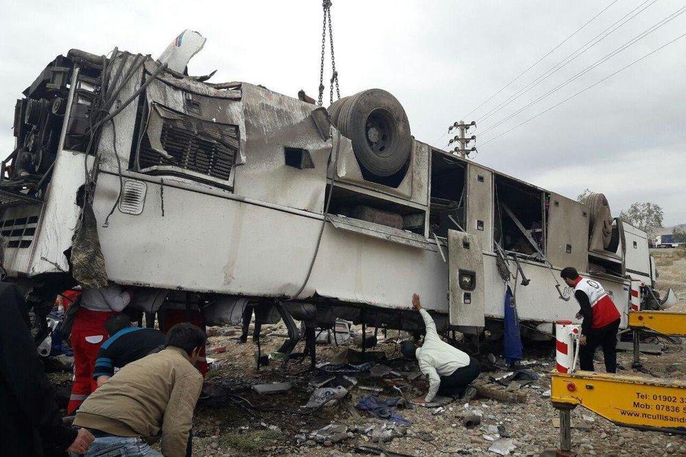 واژگونی اتوبوس راهیان نور حامل دختران بسیجی استان البرز در خفاجیه(سوسنگرد)