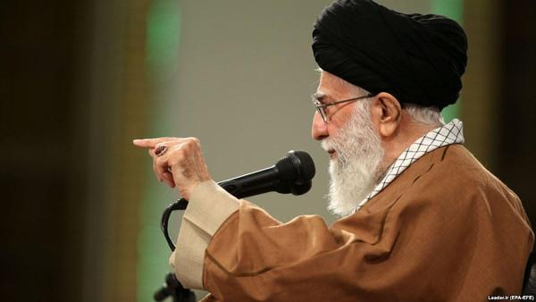 انتشار ویدیویی که نشان میدهد ادامه رهبری خامنهای بر ایران غیر قانونی است