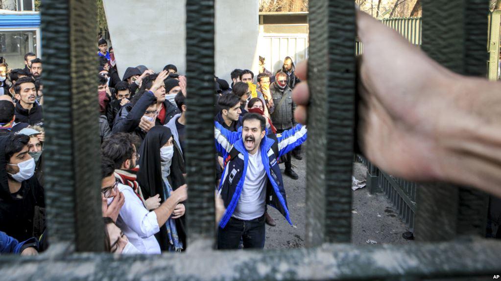 مرگ یکی از بازداشت شدگان اعتراضات اخیر در زندان اوین تایید شد