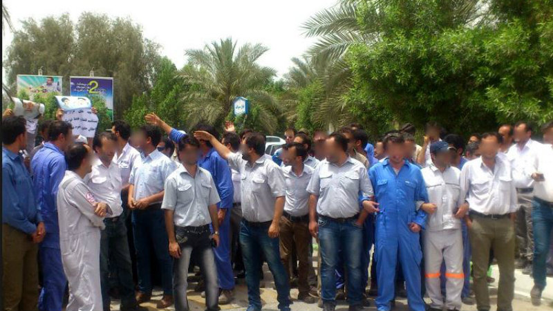 اعتراض کارگران پیمانکاری پارس جنوبی در کنگان به پرداخت نشدن حقوقشان