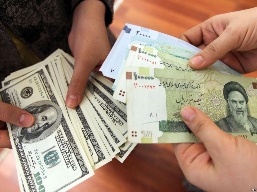بر خلاف ادعاهای رژیم ناکار آمد، گرانی دلار نتیجه تحریمهای شدید آمریکاست