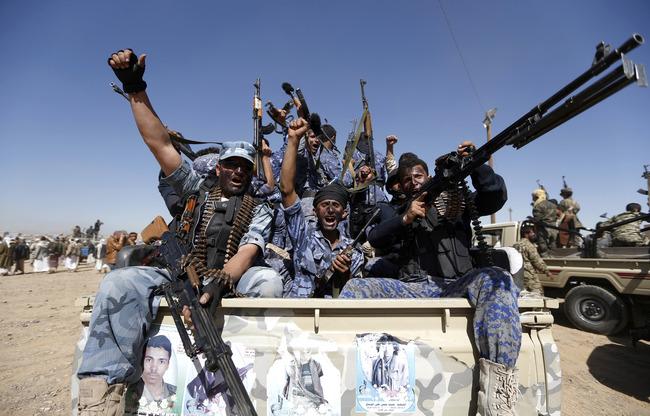 حوثی ها در مناطق مسکونی مواد منفجره و مهمات انبار می کنند